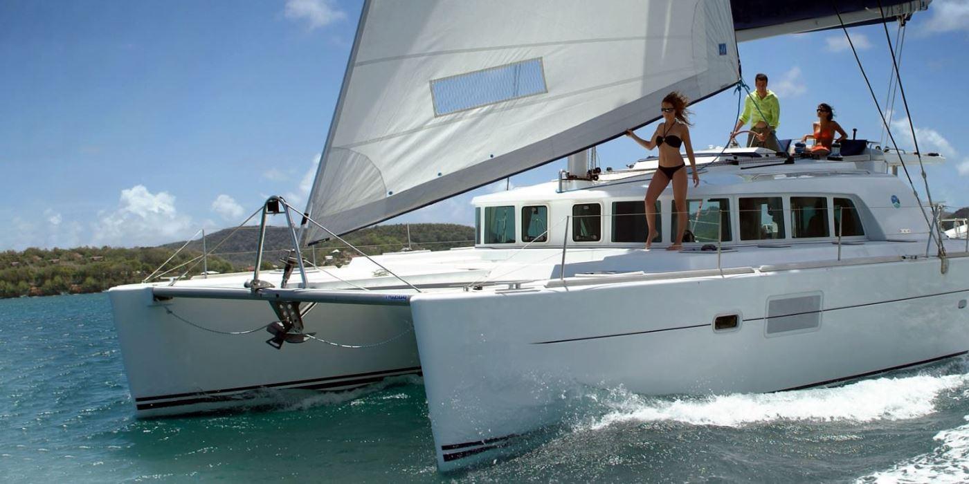catamaran malaga alquiler paseos barco